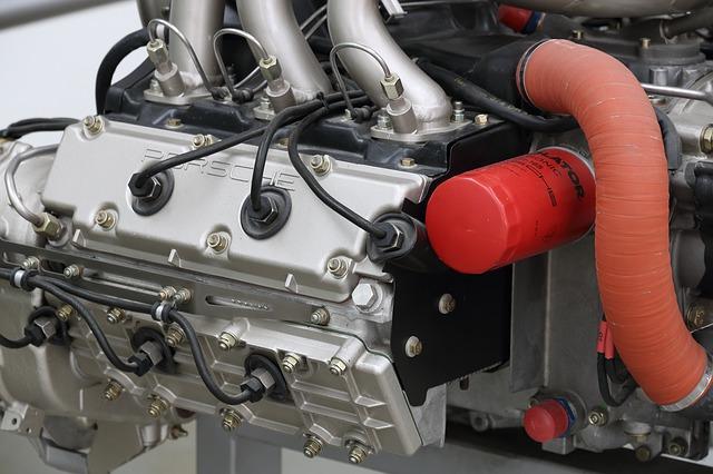 motor v muzeu.jpg